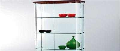 ویترین شیشه ای منزل